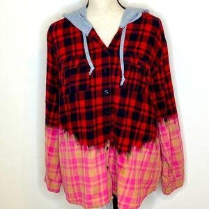 Bleached Plaid flannel Top size 2XL